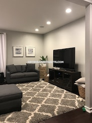 Revere Amazing 3 bed 2 bath in Revere Available 9/1  - $2,750